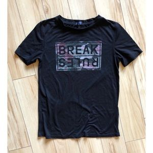 🌟3 for $15🌟 BREAK RULES camo t shirt